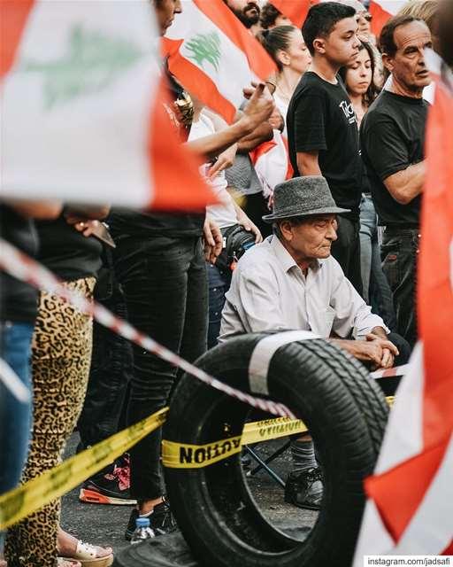 🇱🇧 ثورة وطن لبنان_ينتفض (Zouk Mosbeh)