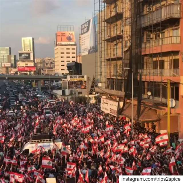 Lebanon's 4th day of revolution! Thats how we do it. ثورة كلن_يعني_كلن