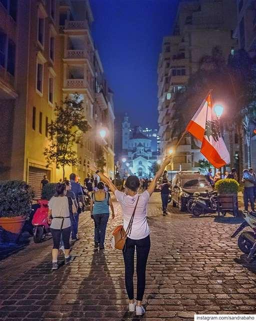 الحقُّ سِلاحي 🇱🇧📸 @jihad.asmar 😘 ......... lebanon ... (Beirut, Lebanon)