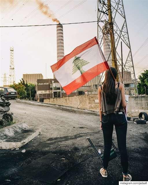 ضد التلوث، ضد الفساد 🇱🇧 لبنان_ينتفض ثورة (Zouk Mikael)