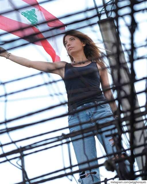 🇱🇧 ... لبنان_ينتفض ثورة لبنان بيروت beirut lebanon ... (Beirut, Lebanon)