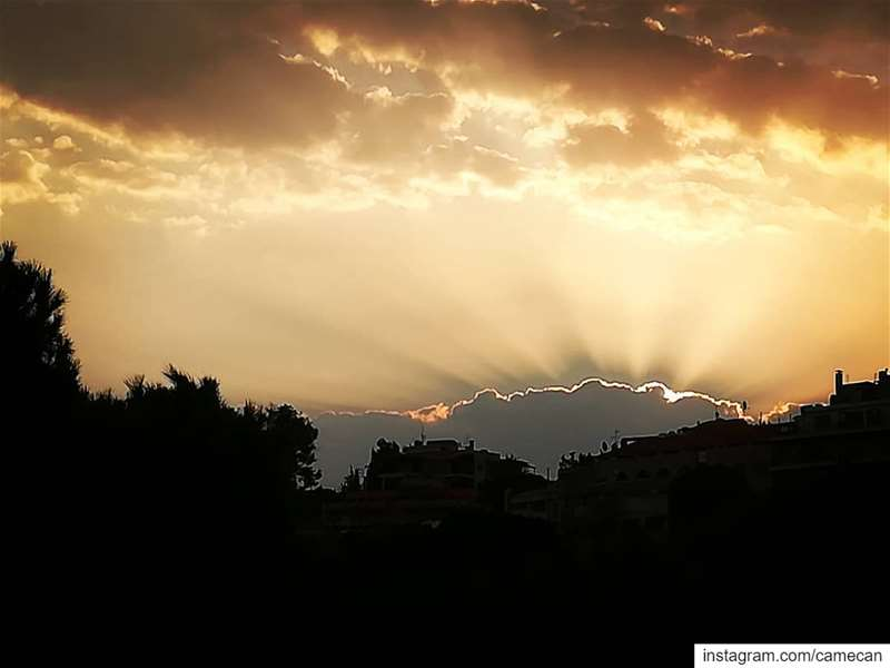 lebanon morning sunrise sky clouds whatsuplebanon lebanoninapicture... (Brummana)