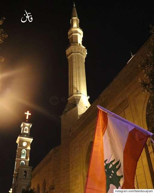.كنيستي و مسجدي و علمي..لبناني👉Follow and Tag👈➡@instaamici➡@livelove (Beirut Lebanon - لبنان.بيروت)