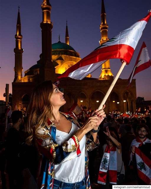 صباح اليوم ال٢٥ للثورة ...ومصرّين ثورتنا تكفّي🇱🇧 احد_الاصرار لبنان_ينتف (Martyrs' Square, Beirut)