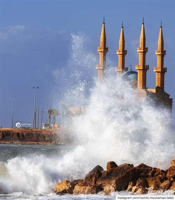 tripolie ♥♥ Rachid.mouhamad.taleb . . . . . TFLers love like ... (طربلس الميناء)