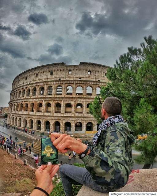 Everywhere I go 🇱🇧 ... (Colloseum di Roma, Piazza del Colosseo, Roma, Italia)