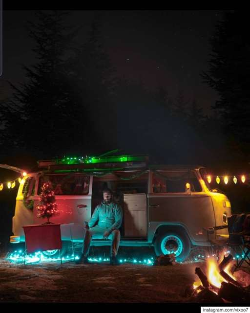 Merry & Bright Christmas 🎄🌟.... vanlife  vanlifemovement ... (Christmas in Color)