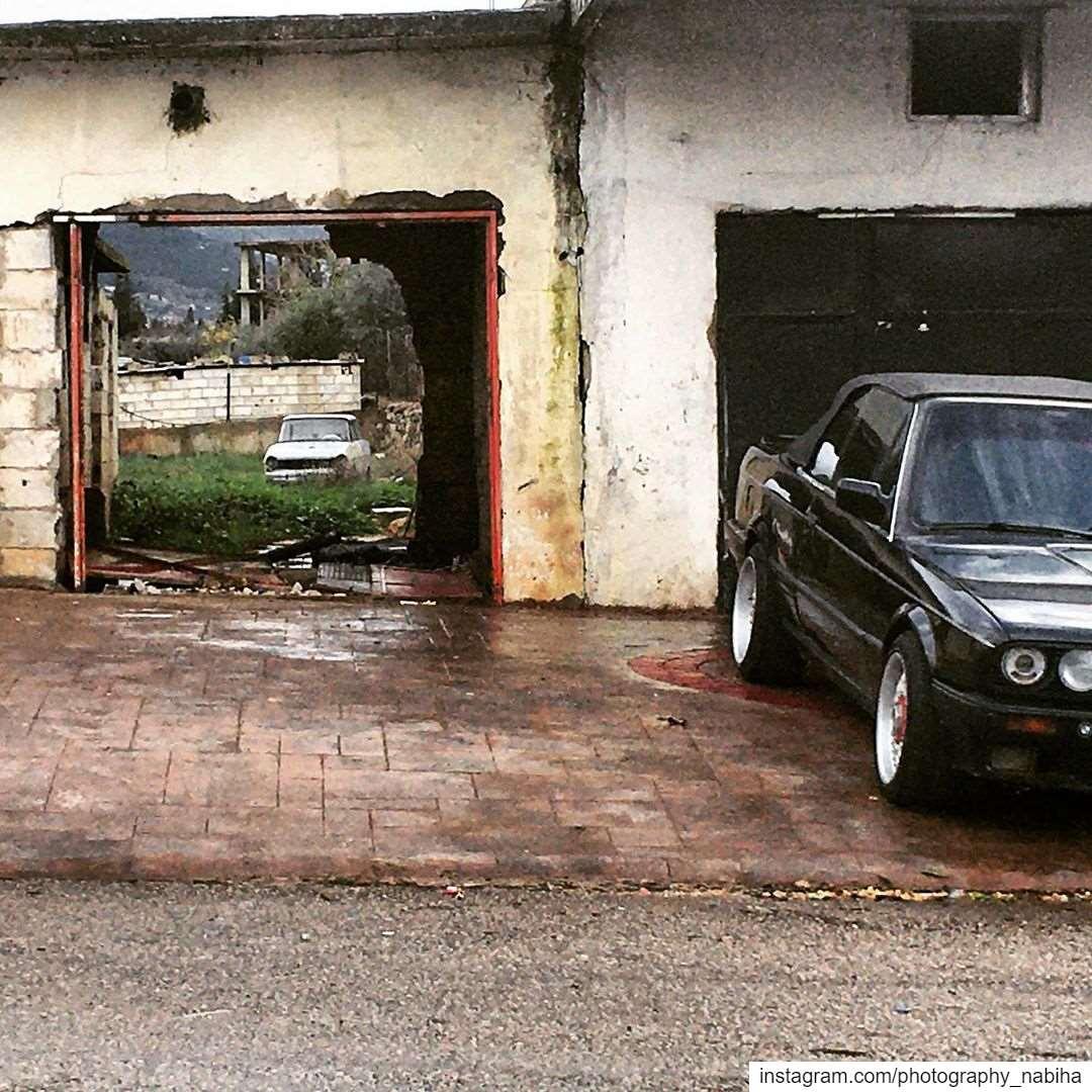 mmmmmm ..... don't know. Abandoned car gate doors abandoned ...