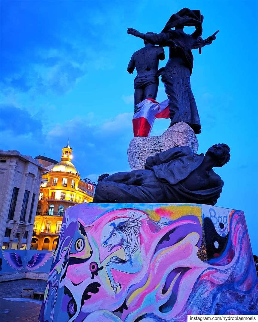 Revolution Breeds Art / Martyrs' Memorial 360 / Beirut the Syncretic /... (Martyrs' Square, Beirut)