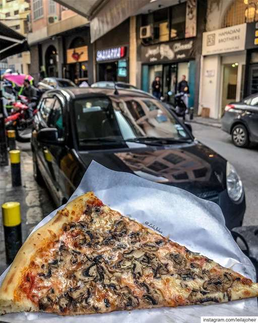 pizza italianpizza livelovelebanon liveloveeat tasteandflavors ...