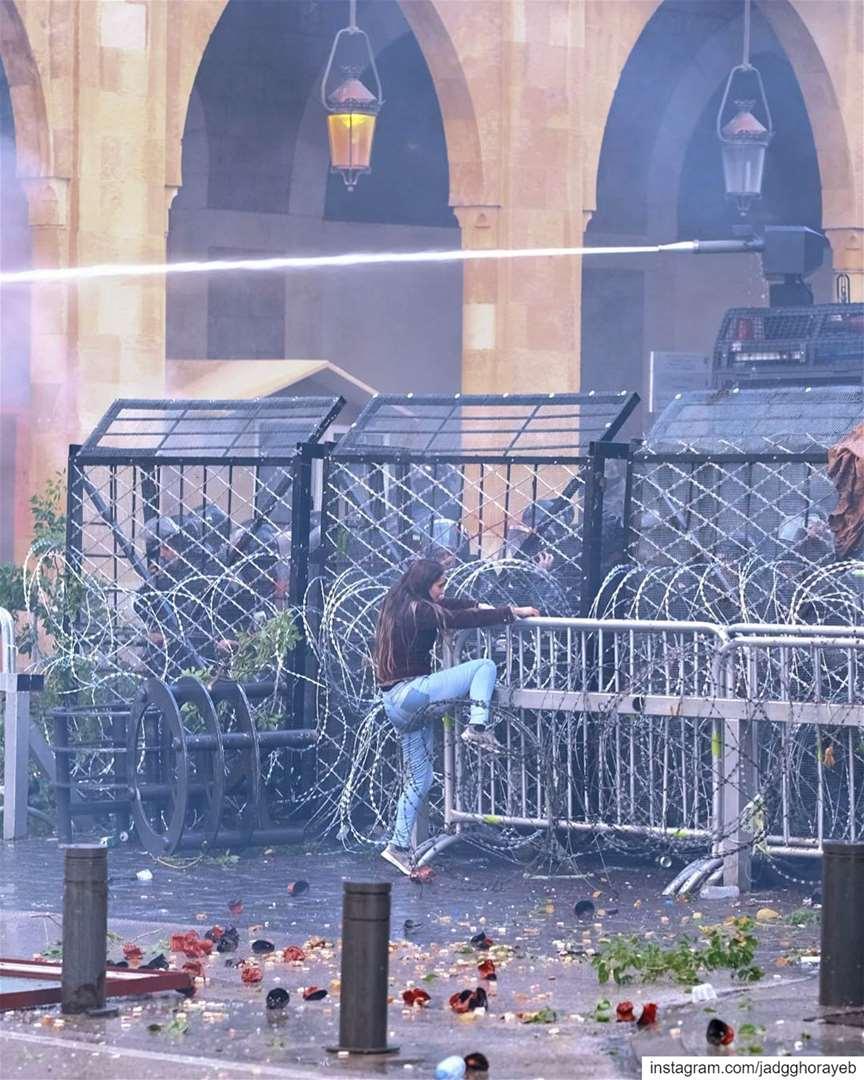 ~ مستمرون ~... لبنان_ينتفض ثورة لبنان بيروت ثورة_١٧_تشرين طرابلس_ت (Beirut, Lebanon)