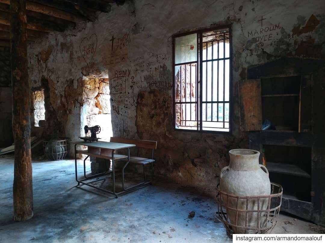 Old places have souls...... abandoned urbex abandonedplaces decay... (وادي قاديشا المقدس)