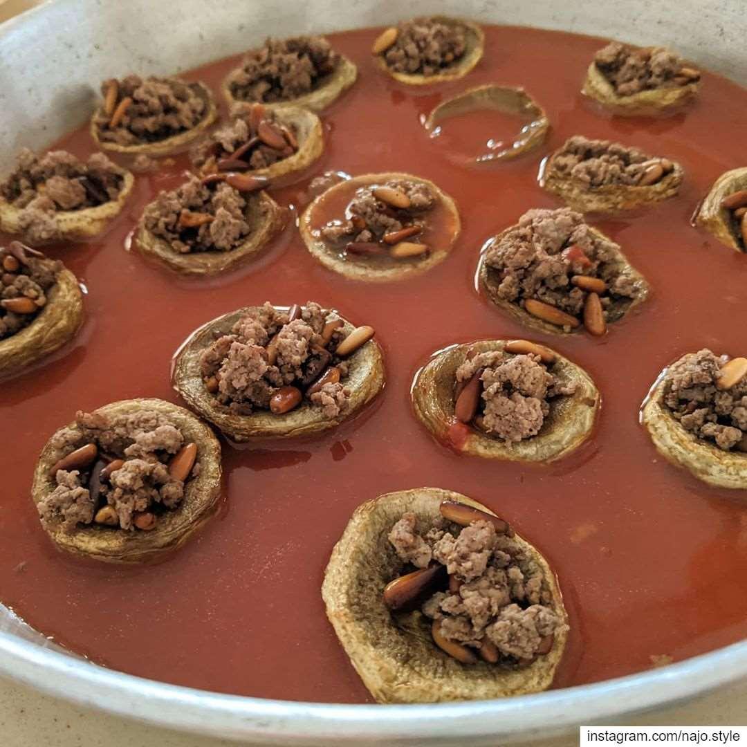 artichoke food lebanesefood artichoke stuffedwithmeat yummy healthy...