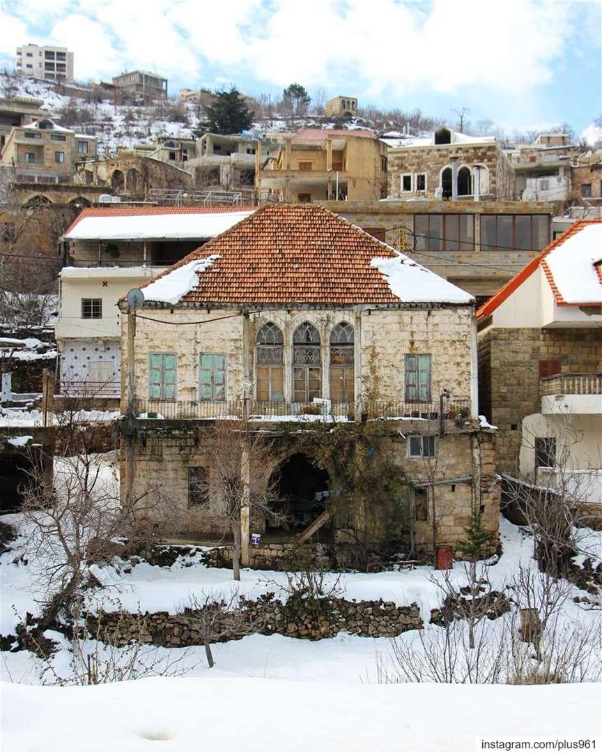 Hey good lookin' ❄ (Lebanon)