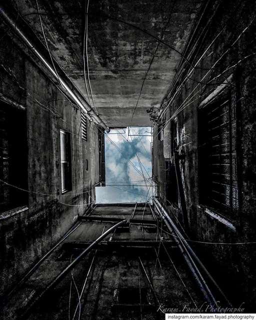 oldbuilding sky beirut lebanon🇱🇧 blackandwhitephotography ... (Beirut, Lebanon)