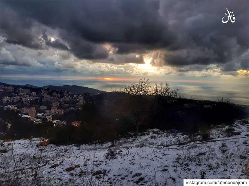 .فيغيب الفرح عندما تغيبويحتل قلبي صقيع رهيب👉Follow and Tag👈➡@instaami (Aïnâb, Mont-Liban, Lebanon)