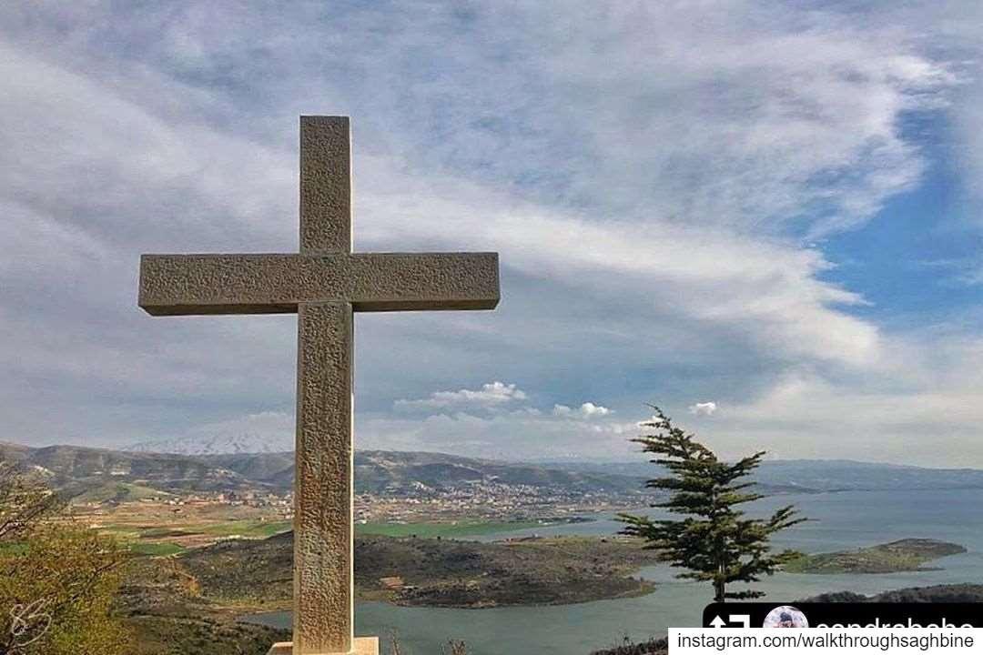 repost @sandrabaho・・・𝗗𝘂𝘀𝘁 𝘁𝗼 𝗗𝘂𝘀𝘁. 🙏🏻📸......... (Saghbîne, Béqaa, Lebanon)