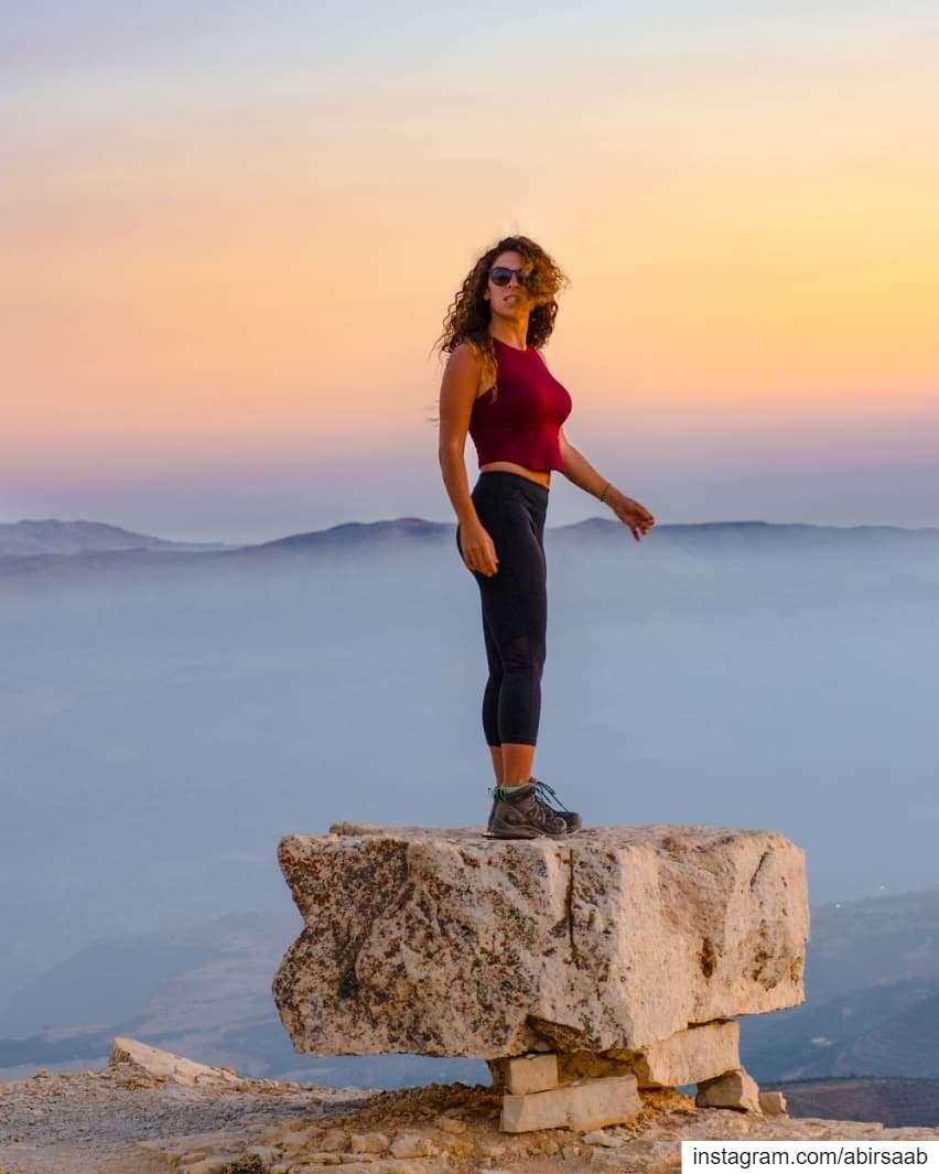 ғʀᴏᴍ ᴛʜᴇ ᴅᴀʏs ᴡʜᴇɴ ʟɪᴠɪɴɢ ᴡᴀs ᴇᴀsʏ ᴀɴᴅ ғᴜɴ﹗﹗ғʀᴏᴍ ᴀ ᴍᴏᴜɴᴛᴀɪɴ ᴛᴏᴘ ᴏғ... (Lebanon)