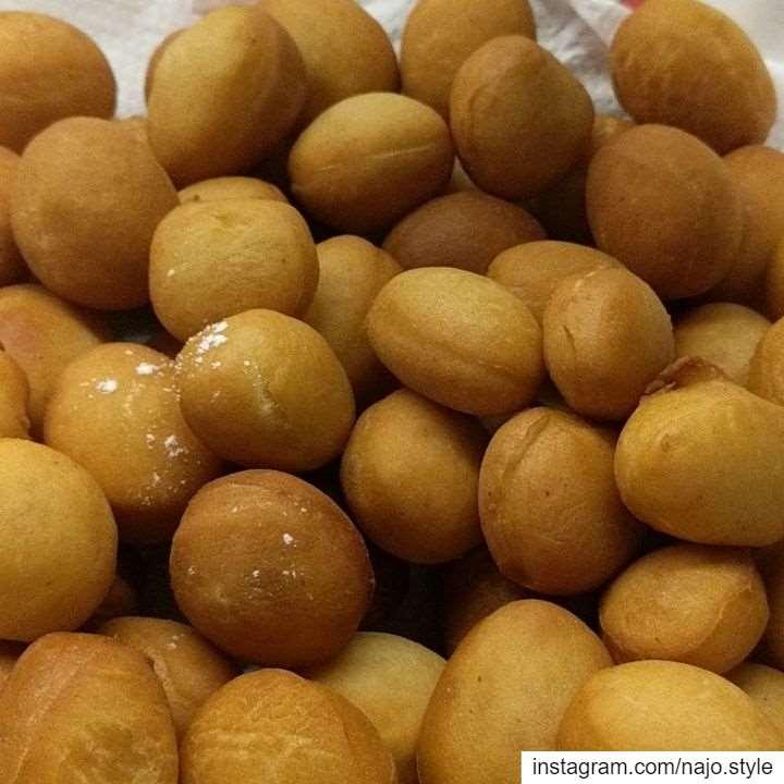 donuts yummy sweet tasty cinnamonflavour lebanon lebanese ...