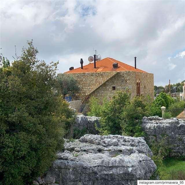 Lebanon lebanon_hdr lebanon_pictures house lebanonhouses outdoors ... (Faytrun, Mont-Liban, Lebanon)