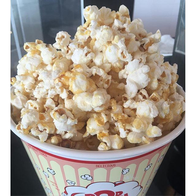 the only way to see a movie is in a big theater, on a big screen, with a big size of popcorn (Kobayat Zouk)