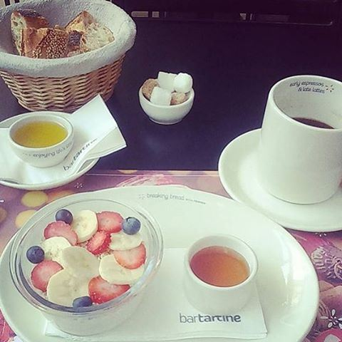 A good breakfast fuels you up and gets you ready for the day. (Bartartine)
