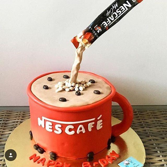Awesome idea instead of making coffee and eat cake, so @dulcenbanana creat Nescafe Cake ....