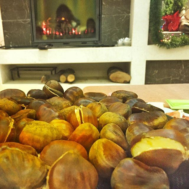 Chestnuts ready, wine ready, waiting for the countdown (Saliba Residence)
