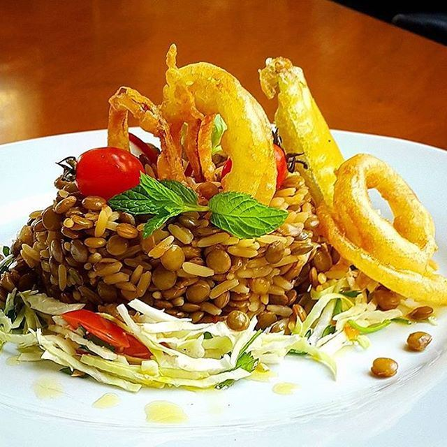 A dish just about every Lebanese loves... (Taiga Cafe - Batroun)