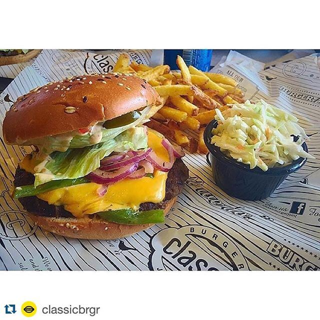 When it comes to burger the lebanese know exactly how to mixed all together (Classic Burger)