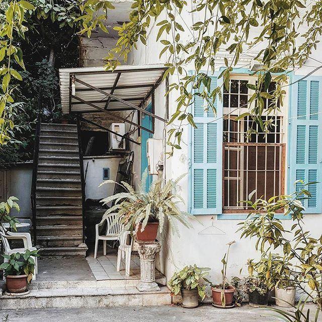 Last days of summer 💙🌿 liveauthentic (Achrafieh, Lebanon)