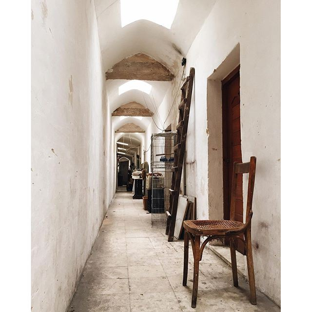 The backstage of Khan al Khayyatin, where tailors used to rest and store their merchandise TripoliByALocal Tripoli Liveauthentic lebanonbyalocal (Tripoli, Lebanon)