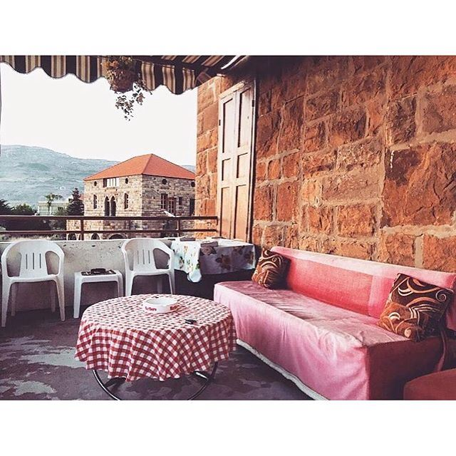 How more authentic can this terrace be ? (Hasroun)
