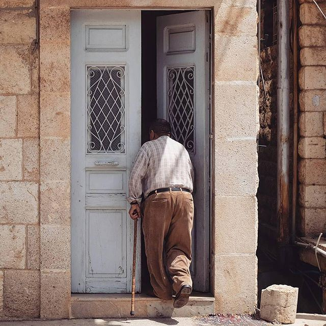 Don't you miss the days when the doors were left open and the neighbors were welcomed in at any time ? liveauthentic [Photo by @georges__chamoun] (Douma, Liban-Nord, Lebanon)