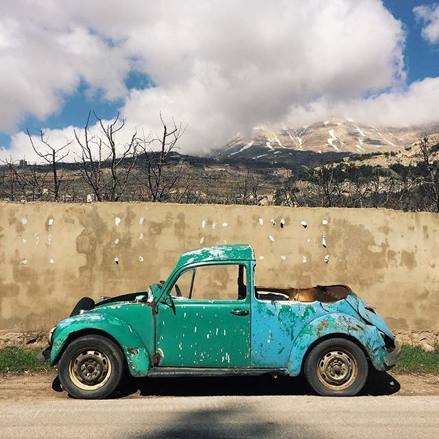 A tailor-made car to match the bright spring colors 💚💙 liveauthentic (Bcharré, Liban-Nord, Lebanon)