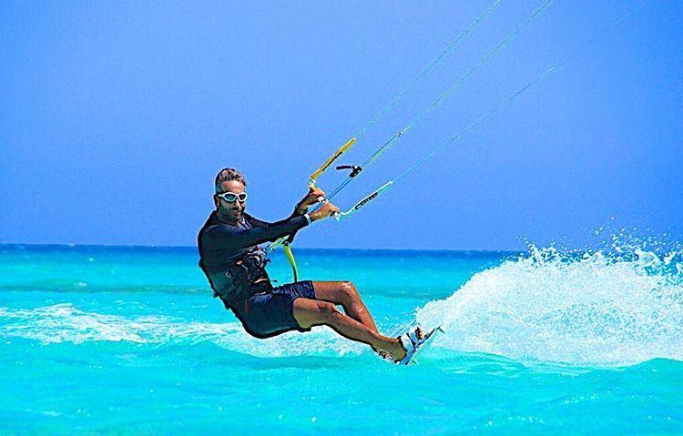 kiteboarding addiction sea water (Rabbit Island Tripoli)