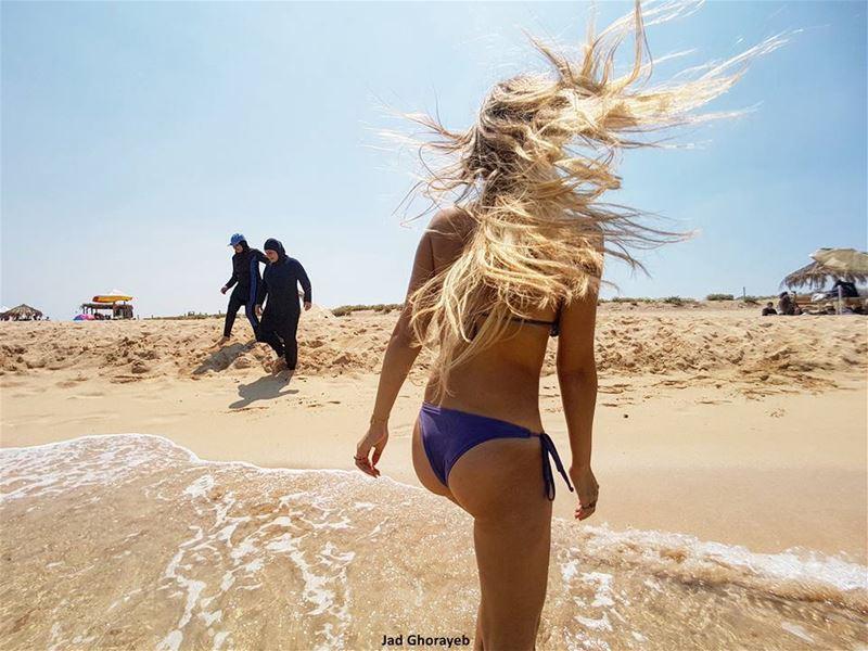Burkinis vs Bikinis
