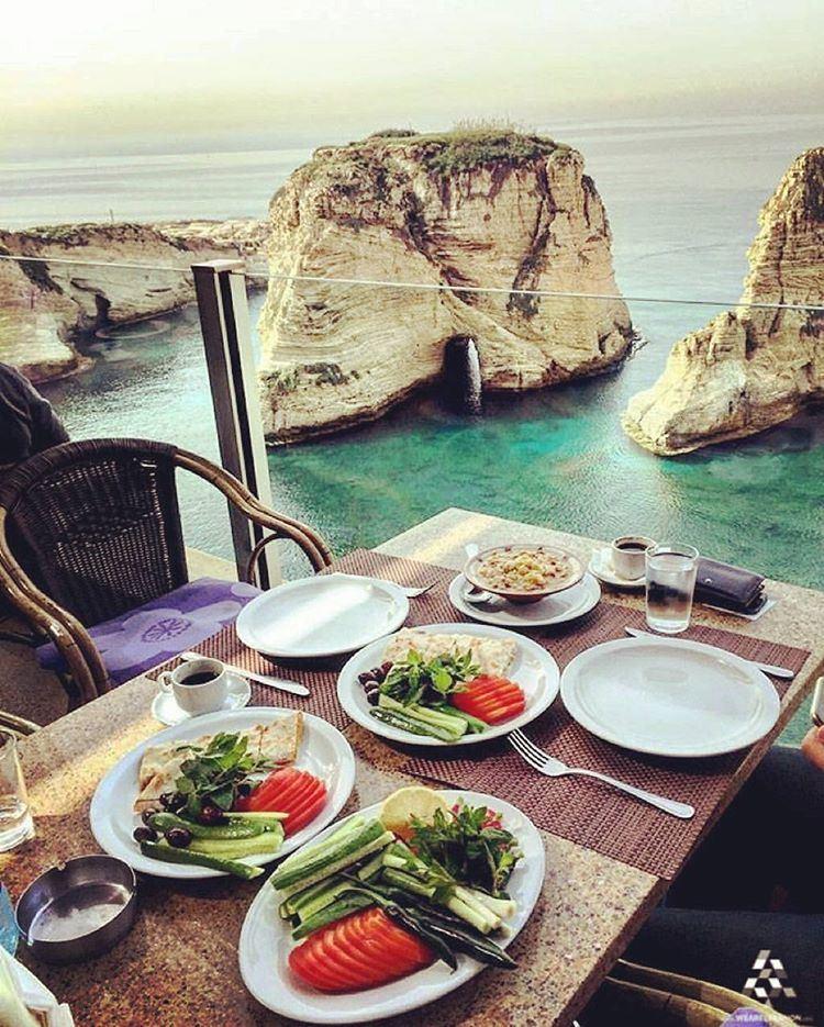 Good morning💕 📍: Raouche, Lebanon (Raouché)