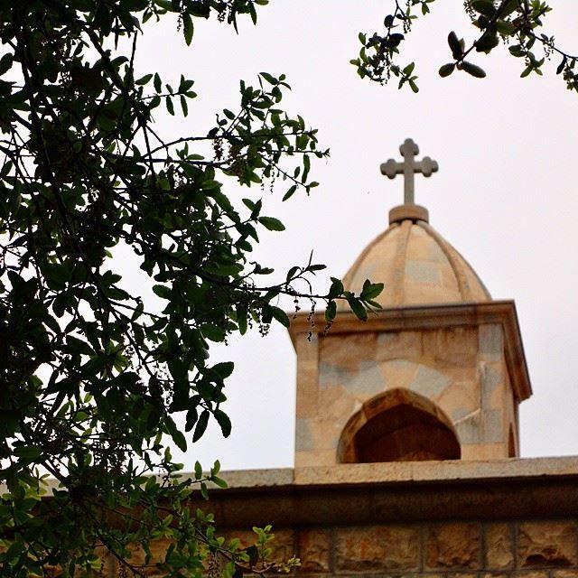 Mar takla village old church bell stonewalls religion nostalgie peaceprayerainessindiané