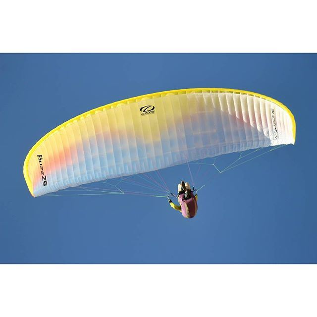 A mind is like a paraglider .