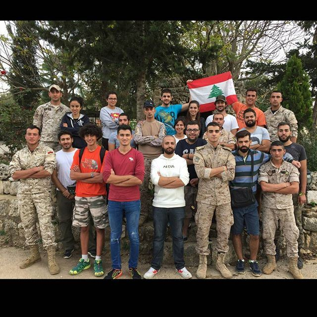 When the liveloveteam meets the airborne | Moujawkal (ثكنة فوج المجوقل)