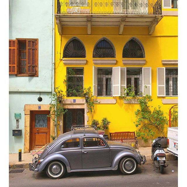 Toot toot aa Beirut 📢 (Achrafieh, Lebanon)