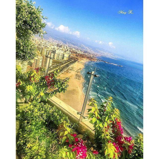 Amazing View GoodMorningBeirut 🌾🌱🌿🍃 (Ramlet Al Bayda Public Beach)