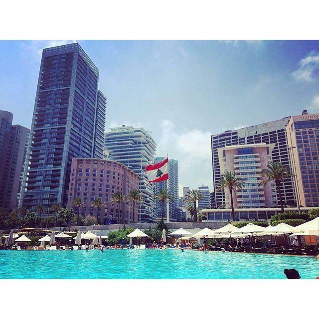 Hello Weekend 👋 (Saint George Yacht Club)