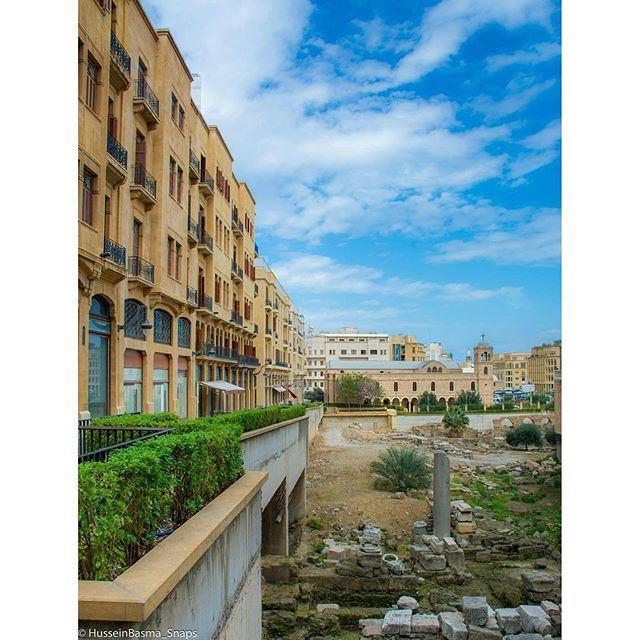 Present lies between Past and Future ⭕ (Beirut, Lebanon)