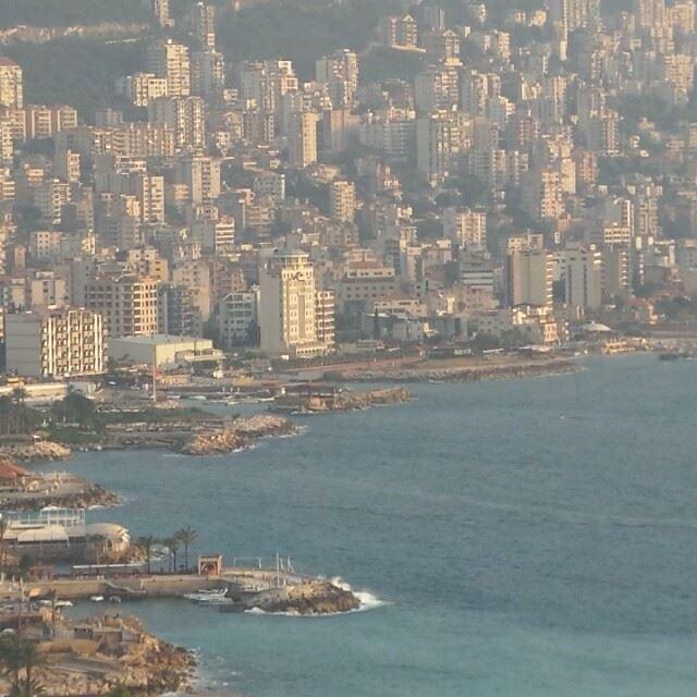 هنا جونيه، هنا لبنان (Jounieh - Harissa)