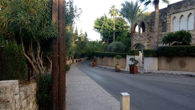 A morning walk in Byblos