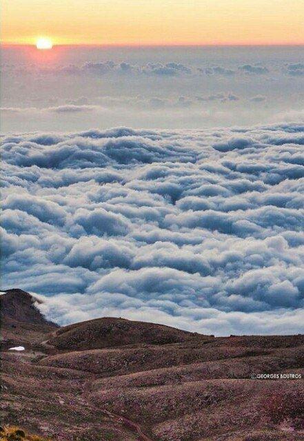 Закат в горах Ливана