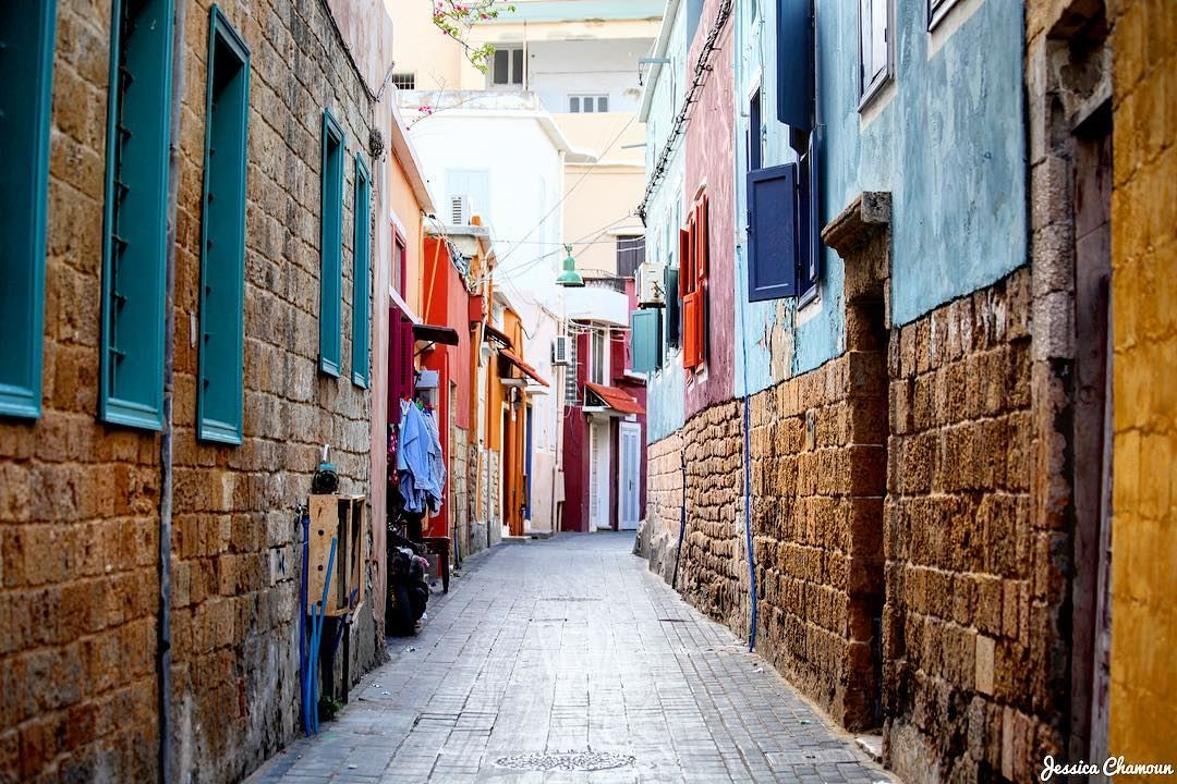 Tyre, Lebanon - Lebanon in a Picture