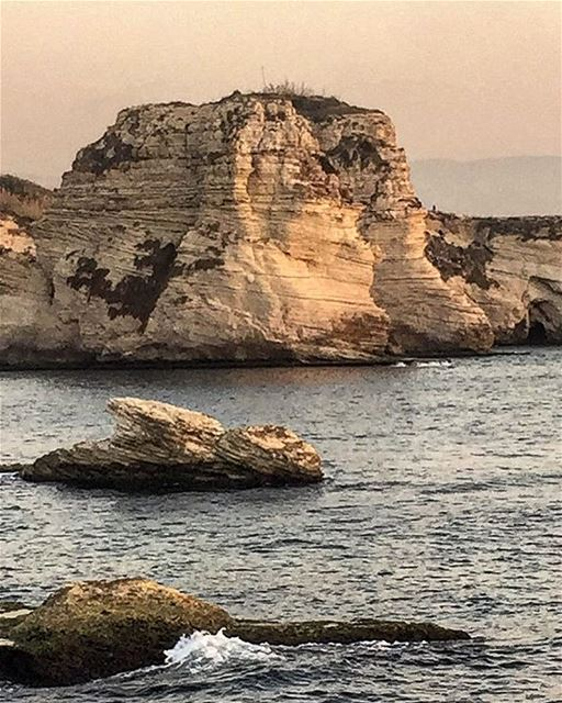(Raouche Rock)